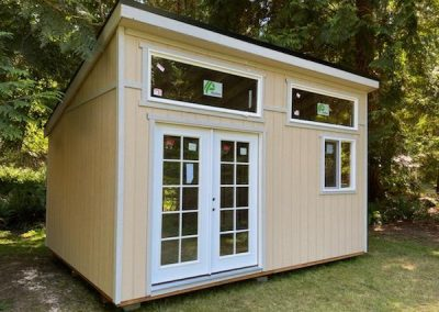 Modern shed with flat roof